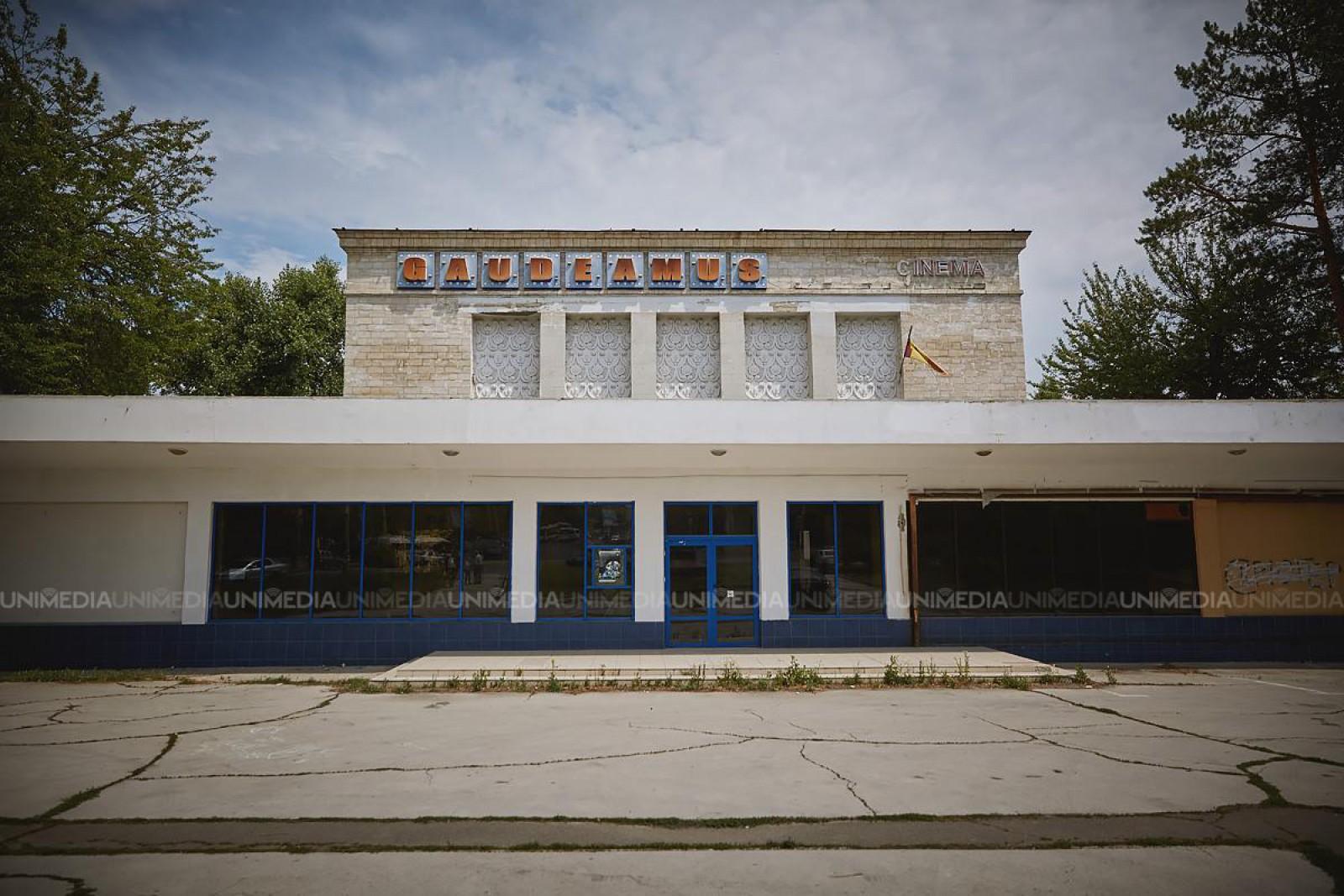 Mold-street: Cine demolează Cinematograful Gaudeamus şi ce va construi în loc