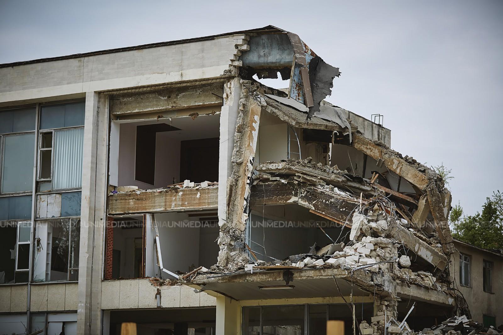 Mold-street: Doar una din zece construcții neautorizate ajung să fie demolate