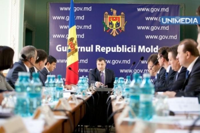 """Moldovenii vor avea un """"Guvern fără hârtie"""" începând cu 1 ianuarie 2014"""