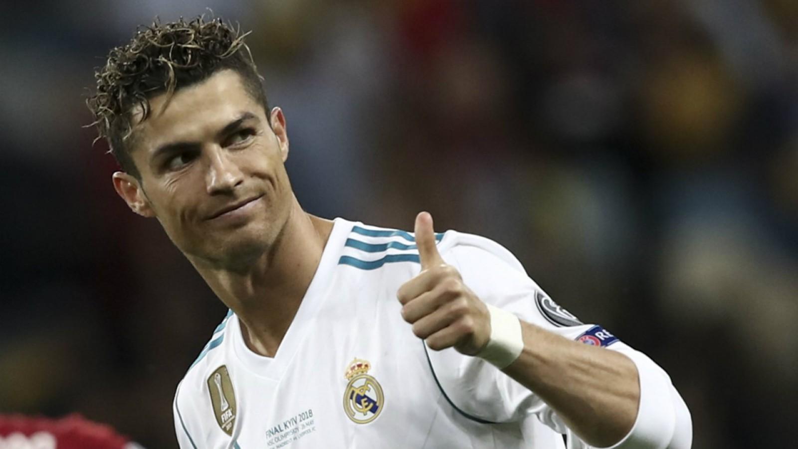 Muncitorii unei uzine FIAT vor ieşi într-o grevă de trei zile. Cauza: transferul lui Ronaldo la Juventus
