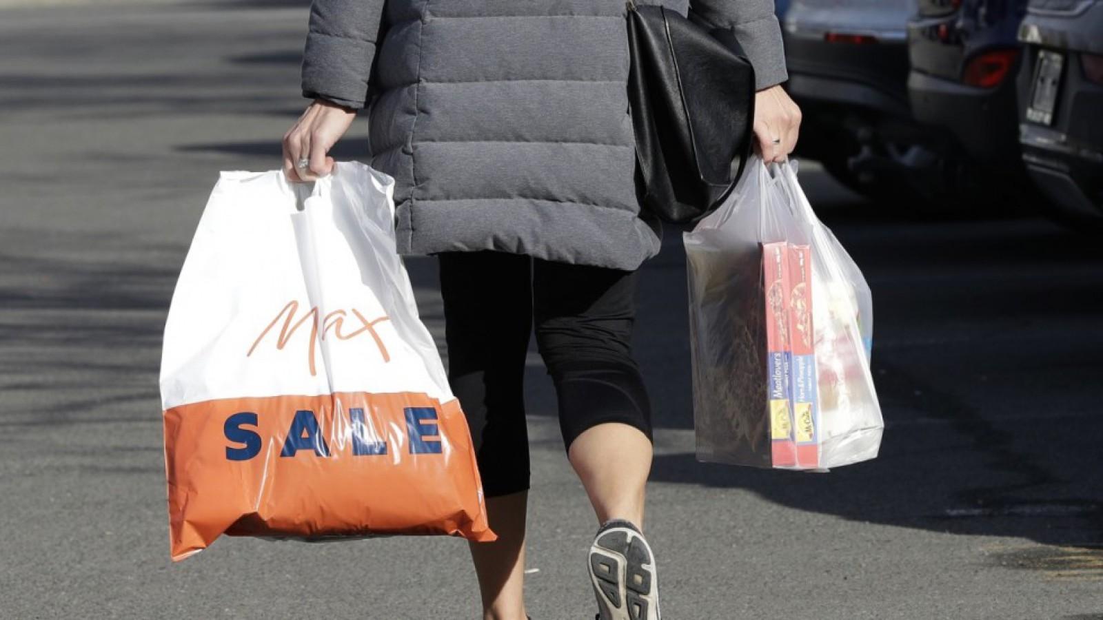 Noua Zeelandă interzice treptat pungile din plastic