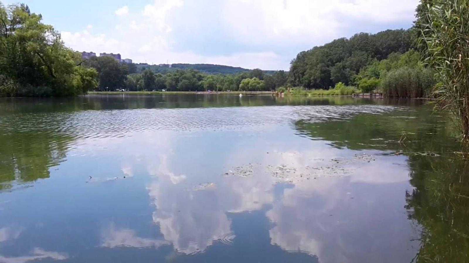 """O femeie a fost găsită înecată în lacul din parcul """"La Izvor"""""""