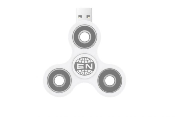 O formaţie din Canada şi-a lansat ultimul album pe un fidget spinner cu USB