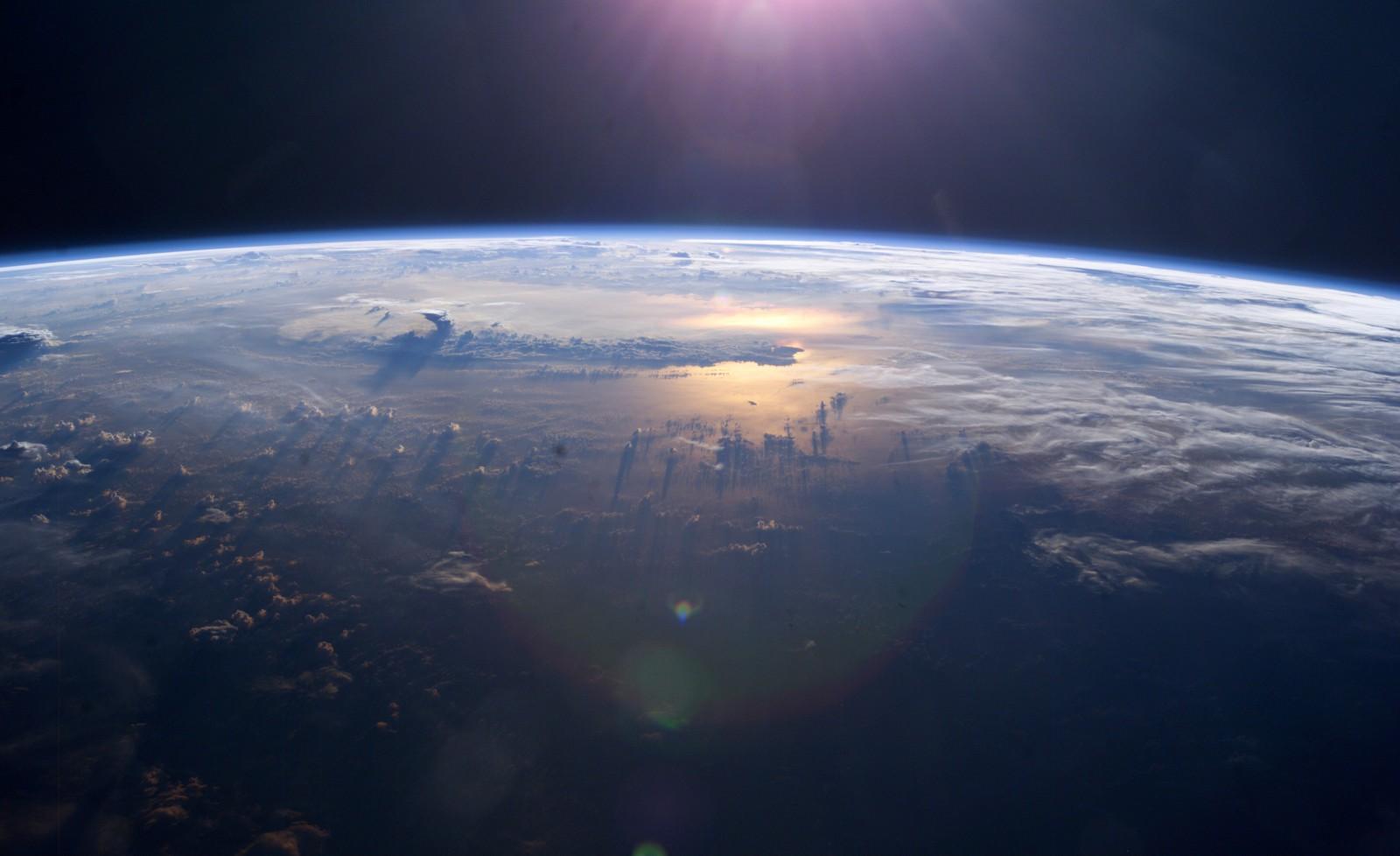 O rezervă de pământuri rare descoperită în Oceanul Pacific ar putea satisface cererea globală timp de câteva secole