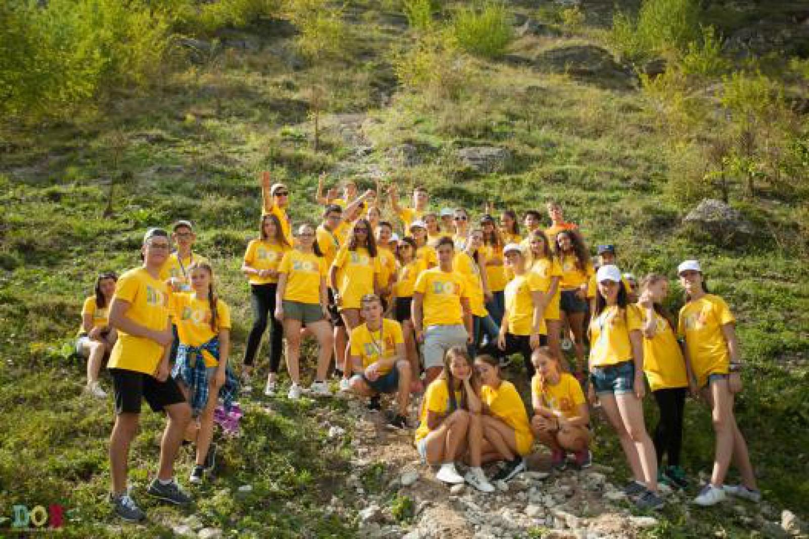 O sută de copii moldoveni, stabiliți cu traiul în 18 țări, vor participa în acest an la programul DOR