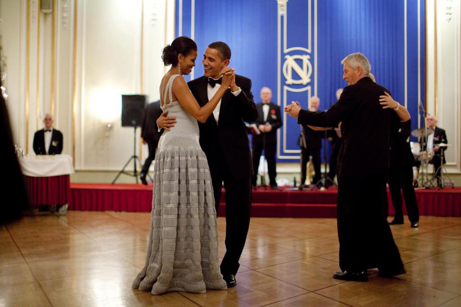 Obama, glume pe seama talentului său la dans, la noul show al lui Letterman