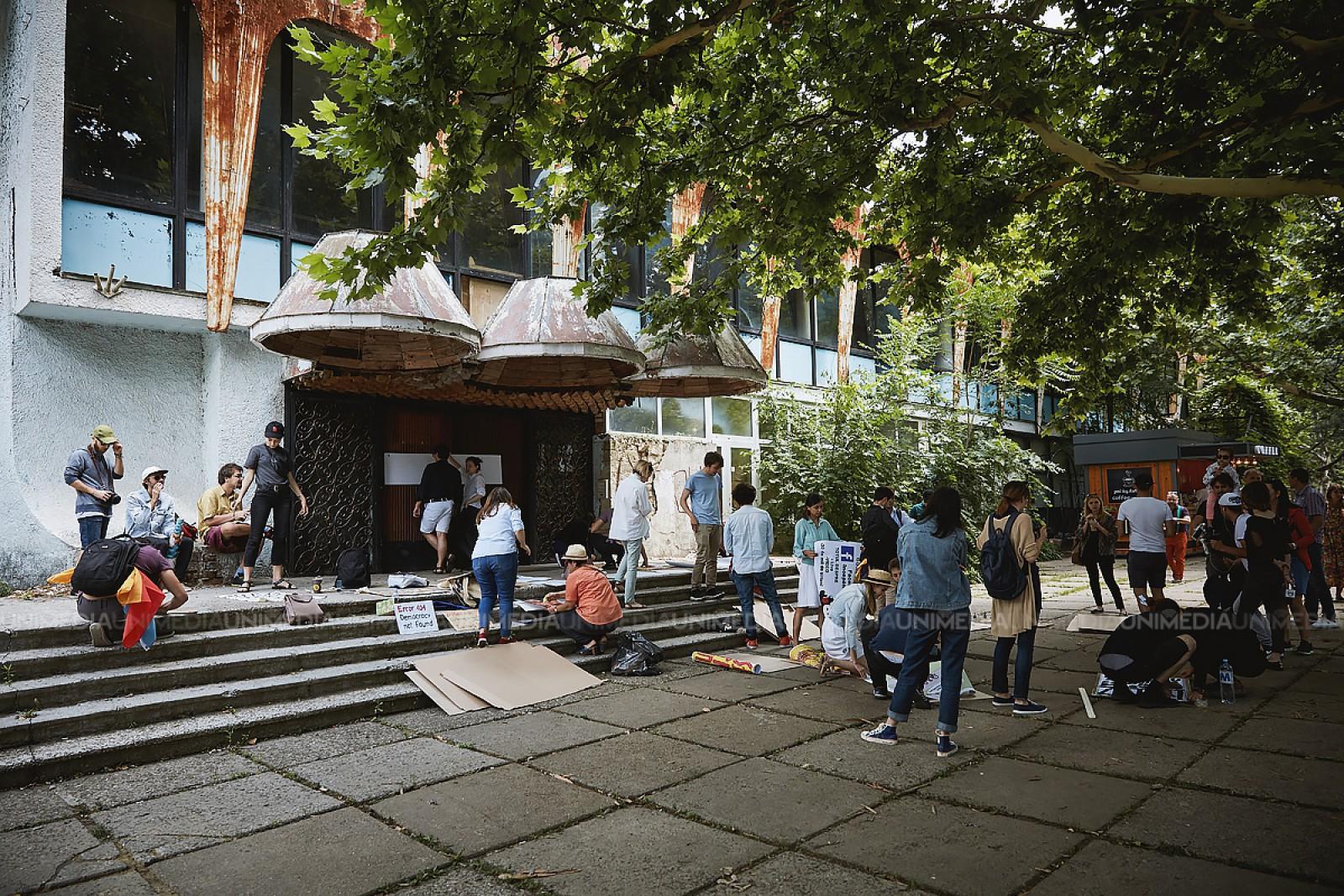 Occupy Guguță lansează o campanie de colectare a banilor: Pentru ce va fi cheltuită suma adunată