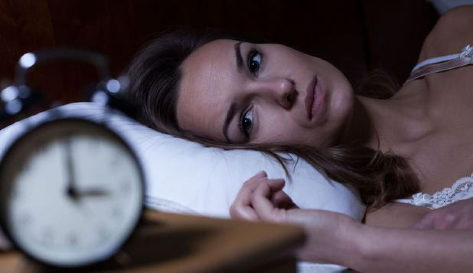 Persoane active pe timpul nopţii riscă să moară mai repede decât cele matinale