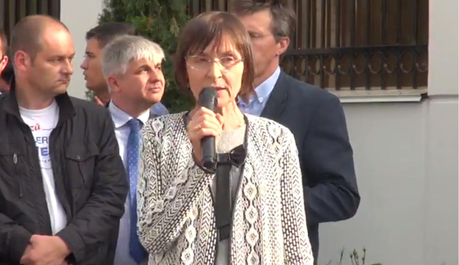(video) Miting PL în fața ambasadei Federației Ruse: Se comemorează 206 de ani de la anexarea Basarabiei