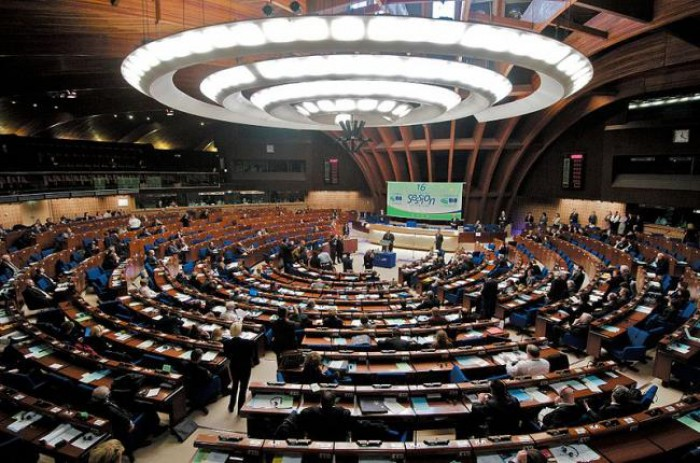 Plahotniuc-Dodon și votul uninominal: Principalele motive care au amânat discuțiile despre ajutorul financiar din partea UE