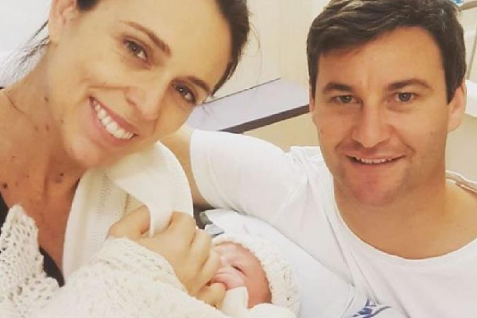Premierul Noii Zeelande a născut o fetiță: Este al doilea prim-ministru din istorie, care a născut în timp ce deține șefia unei țări