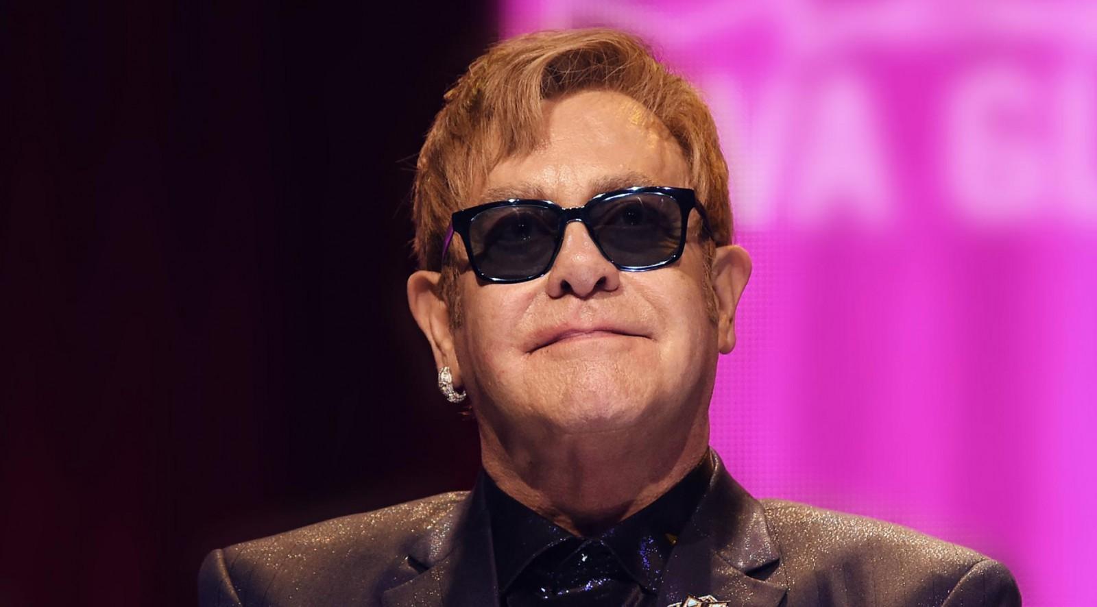 """Prinţul Harry și Elton John intenţionează să lanseze o """"coaliţie globală"""" dedicată tratării bărbaţilor infectaţi cu HIV"""