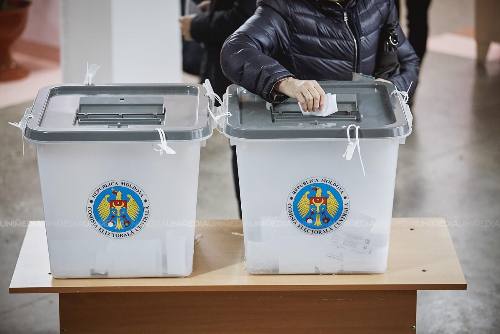 Promo-LEX a depistat mai multe încălcări la alegerile locale anticipate de duminică: Parlamentari lângă secțiile de votare
