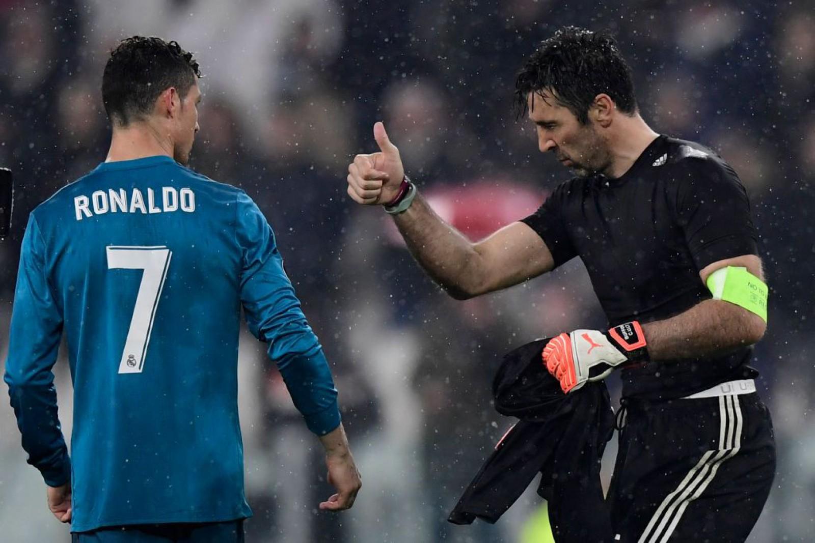 PSG ar putea da lovitura pe piața transferurilor! Campioana Franței negociază cu Gianluigi Buffon și Cristiano Ronaldo