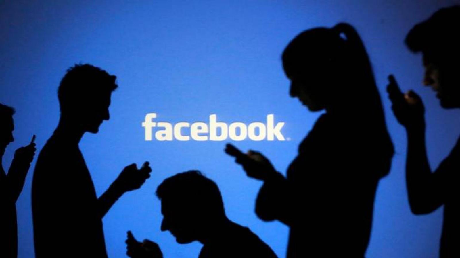 Rețeaua de socializare Facebook a picat pentru câteva minute, inclusiv și în Republica Moldova
