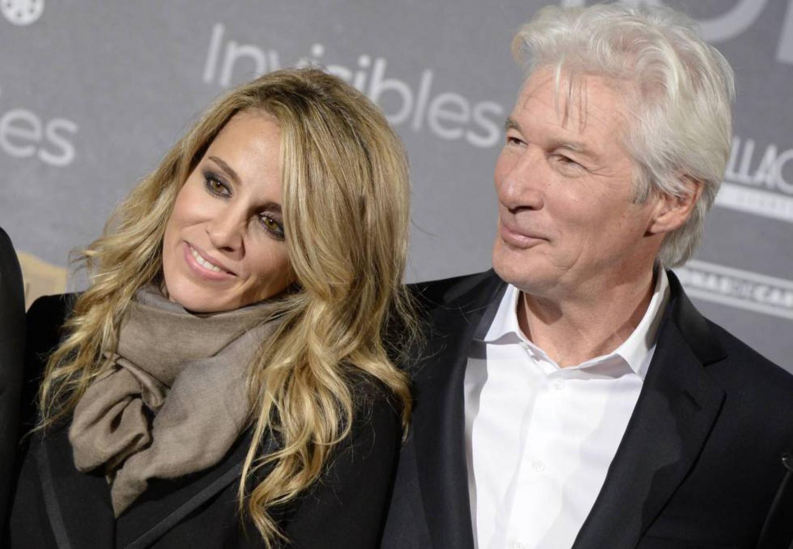 Actorul Richard Gere va deveni din nou tată la vârsta de 69 de ani