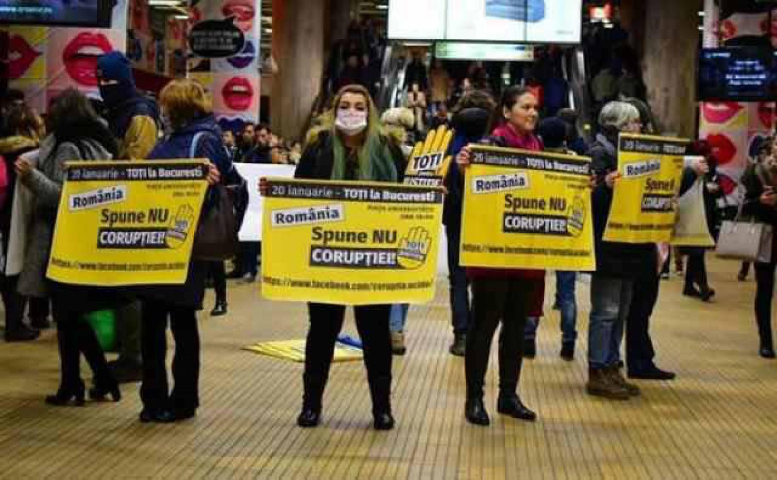"""""""România spune NU corupției"""". Românii se mobilizează pentru a protesta astăzi la București"""