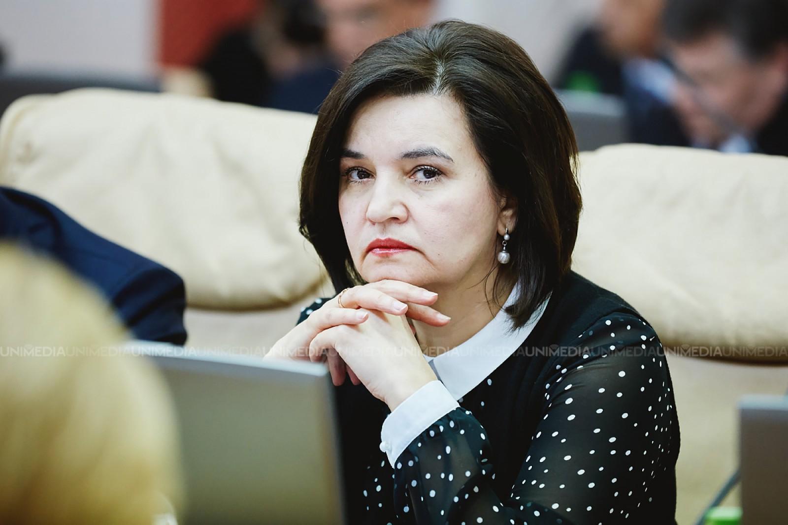 """Scrisoarea deschisă a unui academician către ministrul Monica Babuc, după BAC-ul la limba română: """"Testul conține o greșeală științifică"""""""