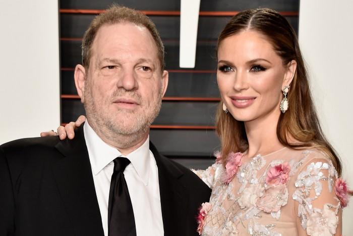 """Soția producătorului Harvey Weinstein, acuzat de abuz sexual de mai multe femei, l-a părăsit. Angelina Jolie și Gwyneth Paltrow sunt printre """"victime"""""""