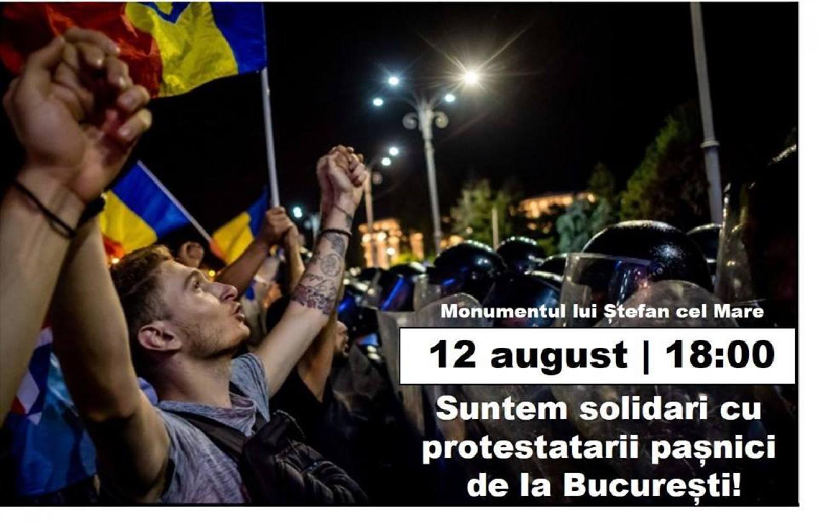 """""""STOP violența! STOP dictatura!"""". Manifestație de solidarizare cu protestatarii pașnici din România, la Chișinău"""