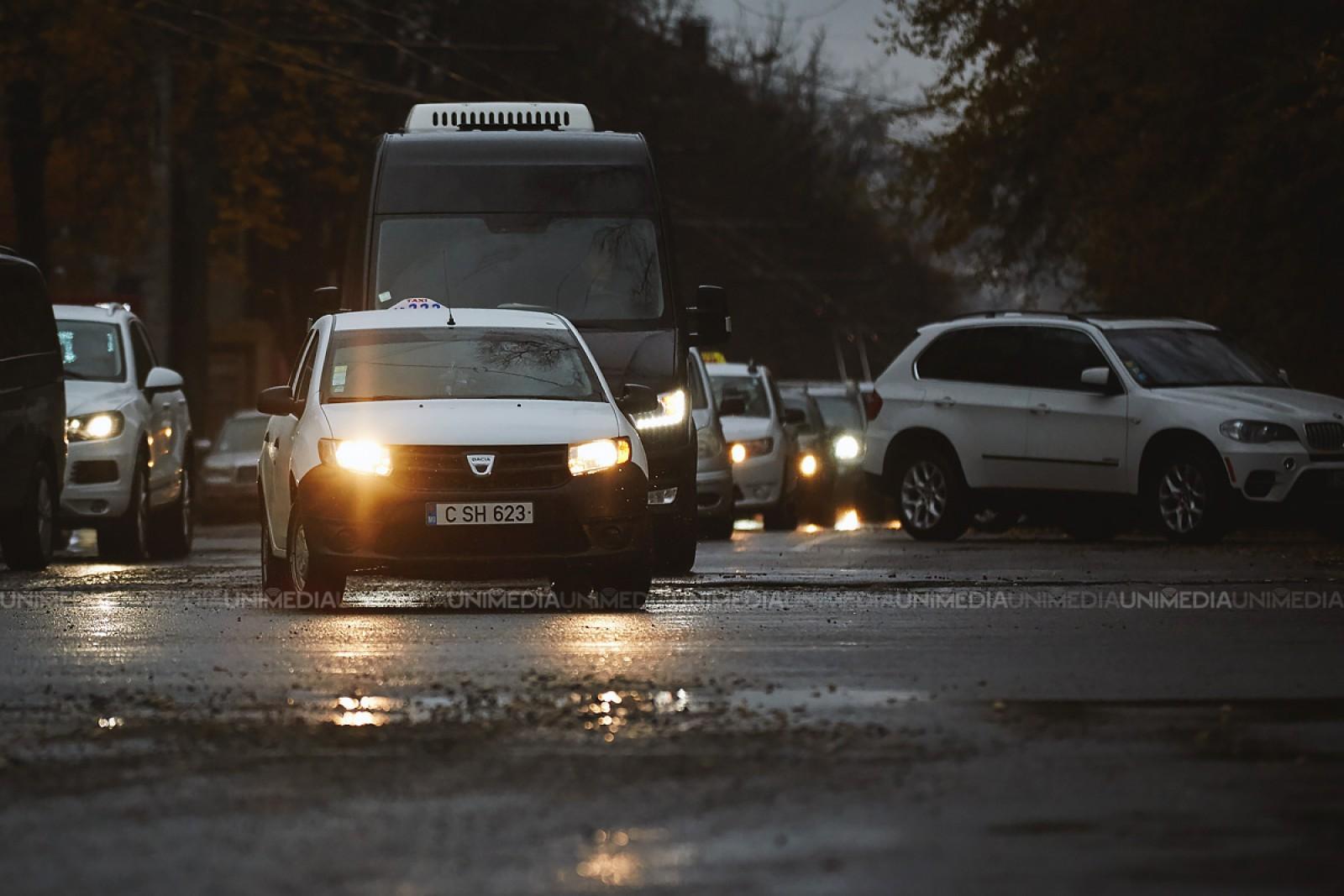 Suspendări de trafic în anul 2018, pe câteva porțiuni de drum din capitală: Urmează lucrări de reparație