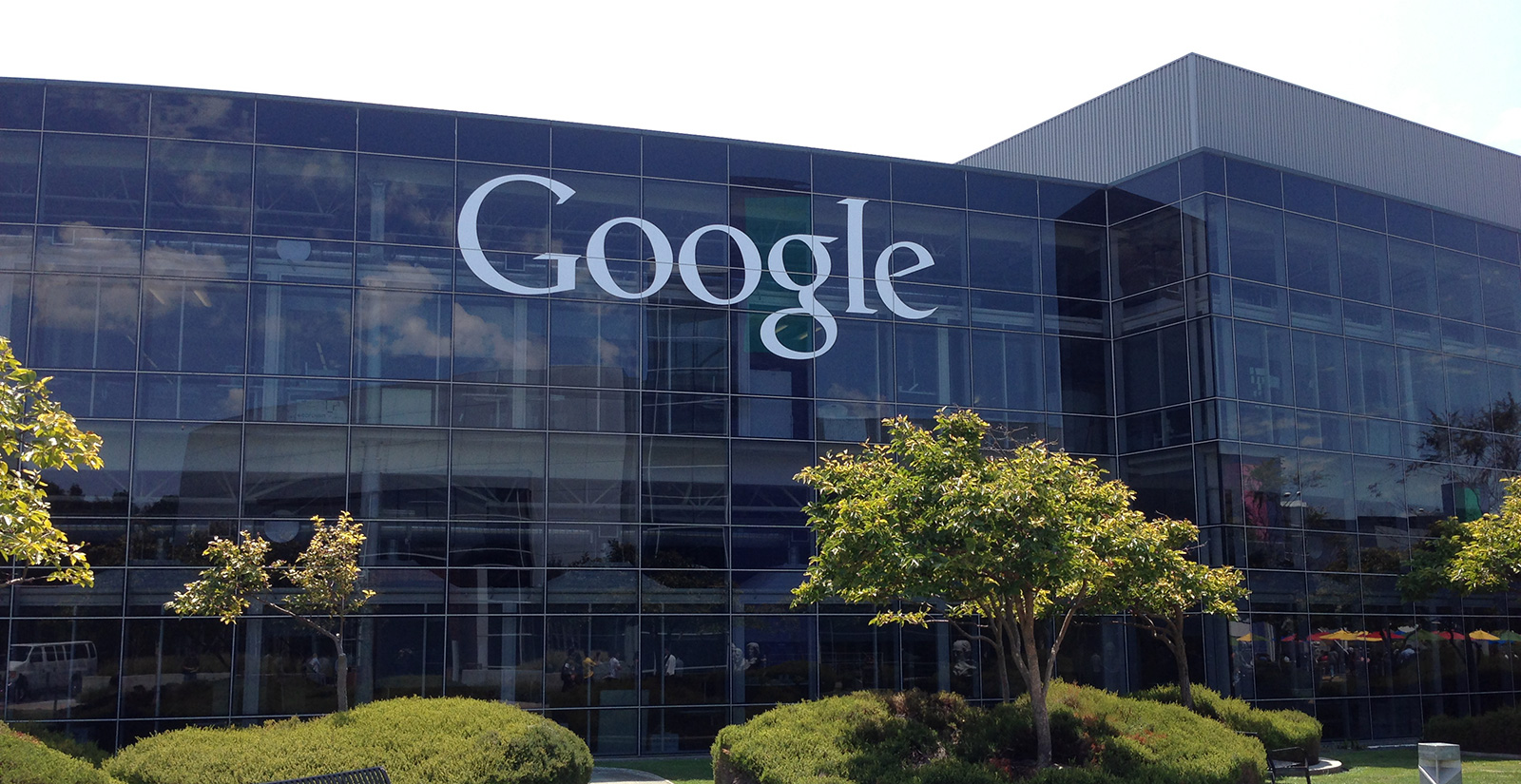 Sute de angajați ai Google vor să oprească cenzura cerută de China