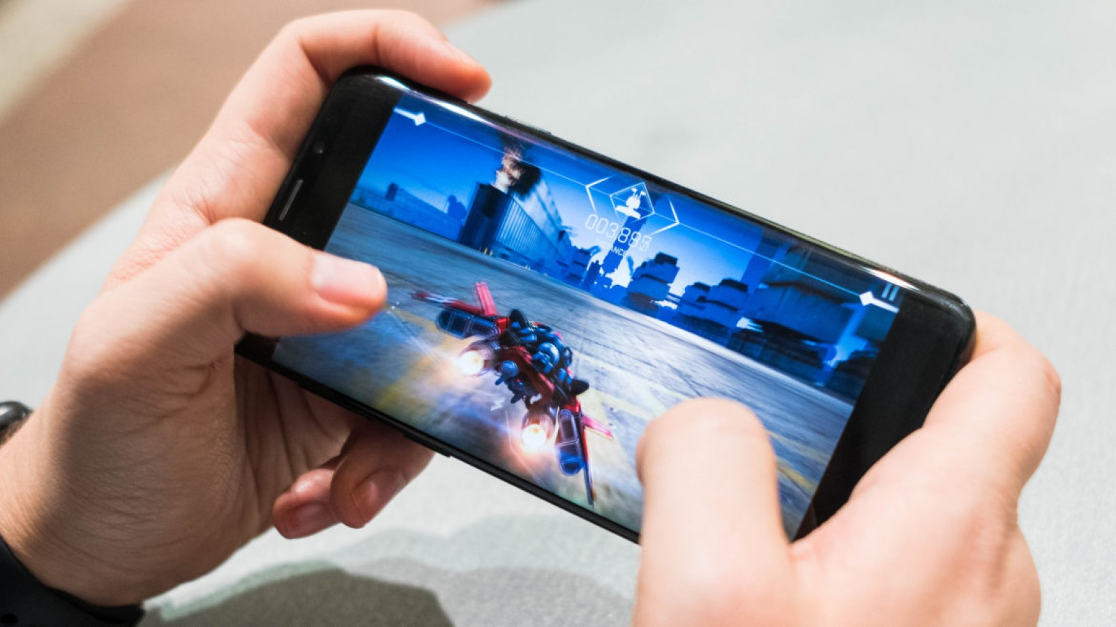 Top 10 smartphone-uri: care sunt cele mai rapide telefoane mobile din 2018