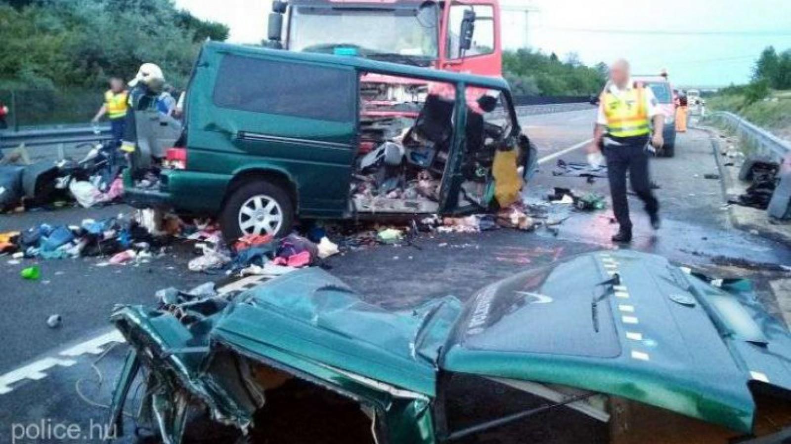 Tragedia din Ungaria: Trupurile neînsuflețite ale celor nouă români morţi în accident, aduse în România