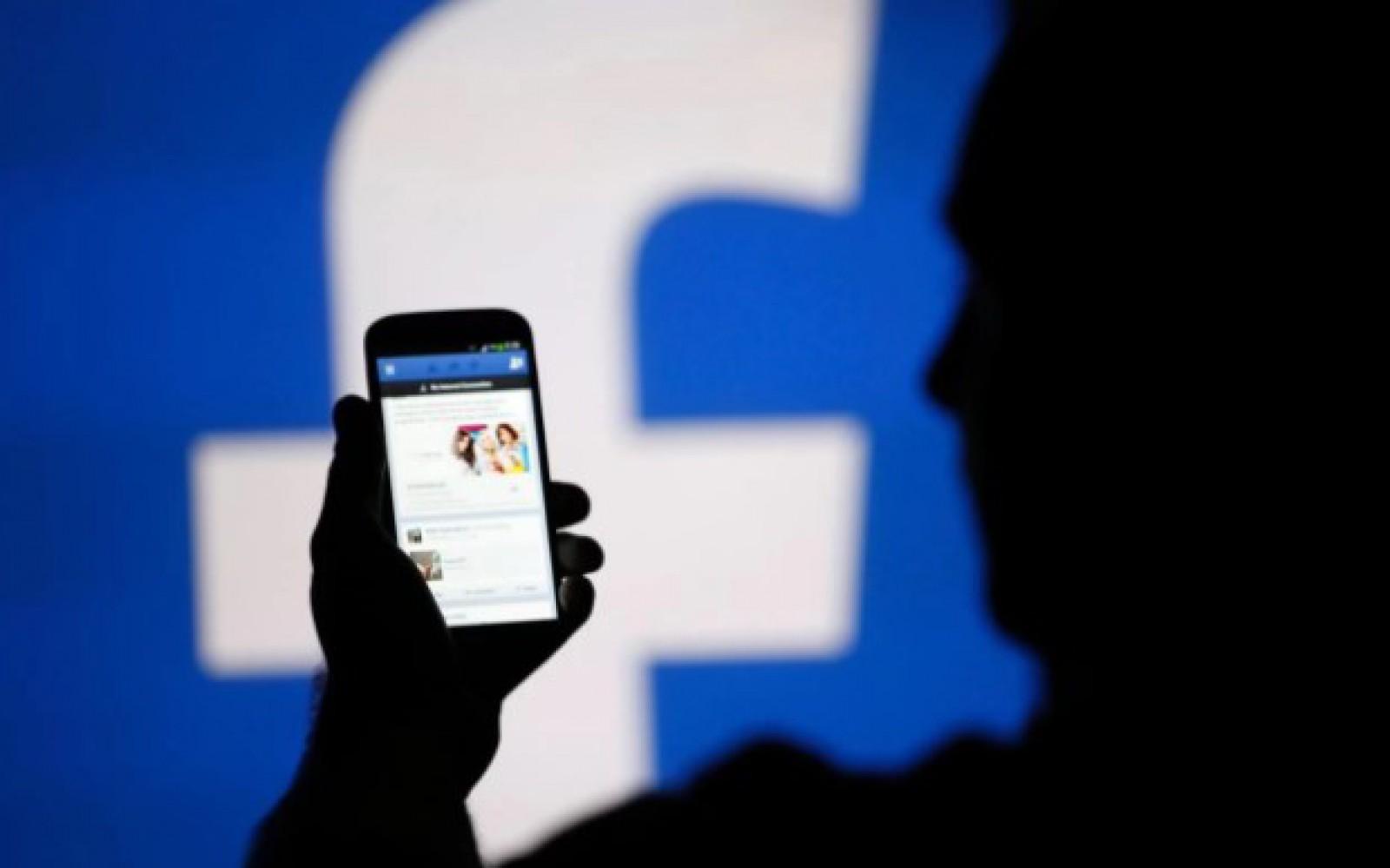 Truc pe Facebook: Cum aduci postările paginilor preferate în prim-plan