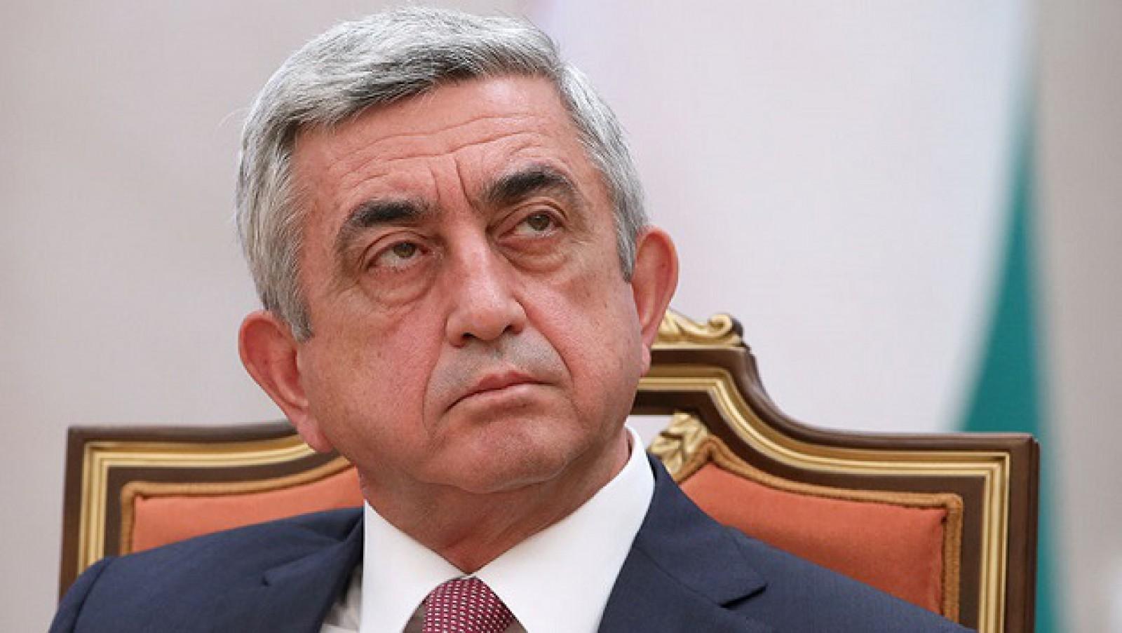 (ultima oră/live) Prim-ministrul Armeniei, Serj Sargsyan și-a dat demisia. La Erevean mulțimea cântă și dansează