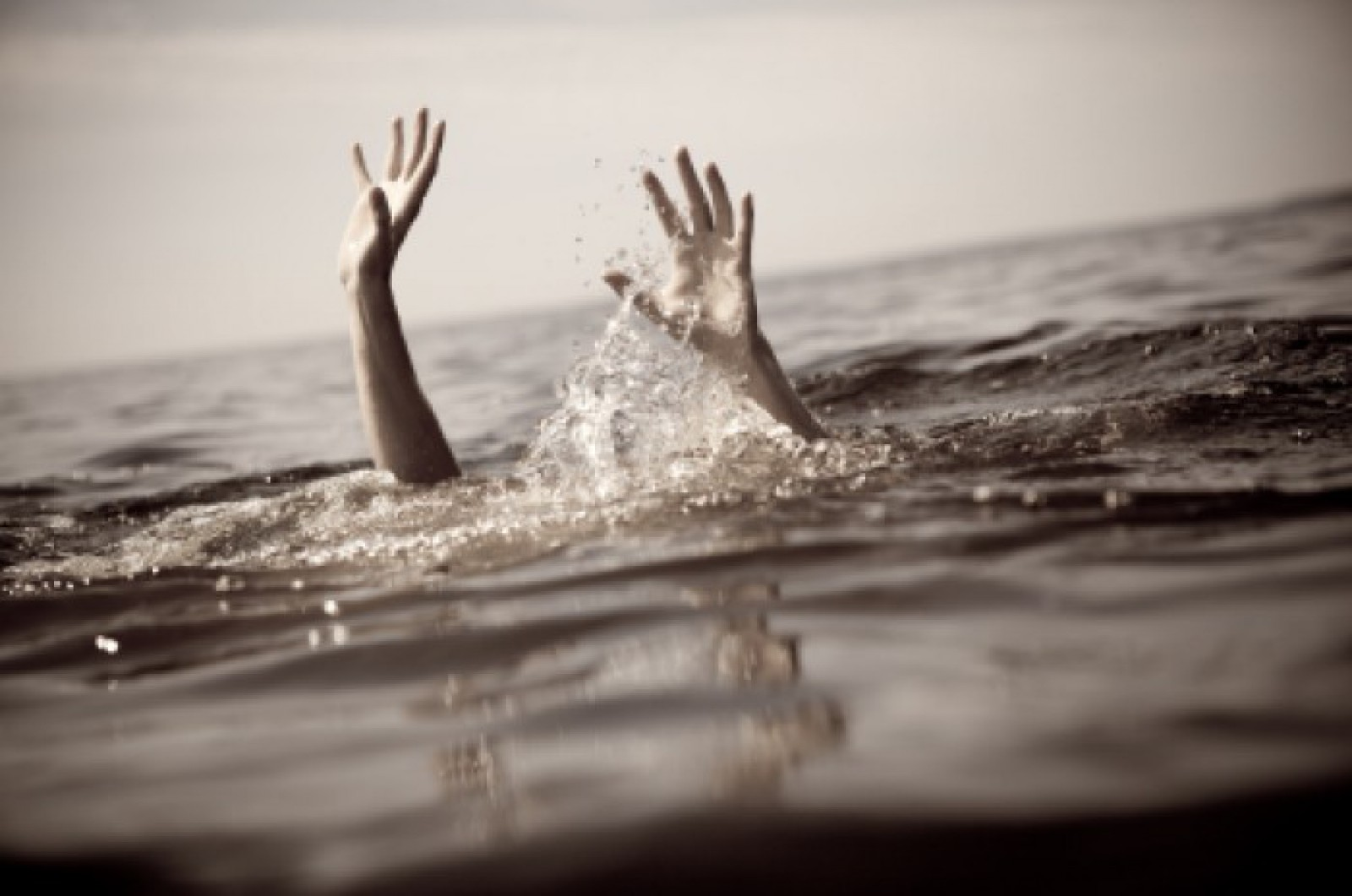 Ultima oră: Un bărbat s-a înecat în lacul Valea Morilor