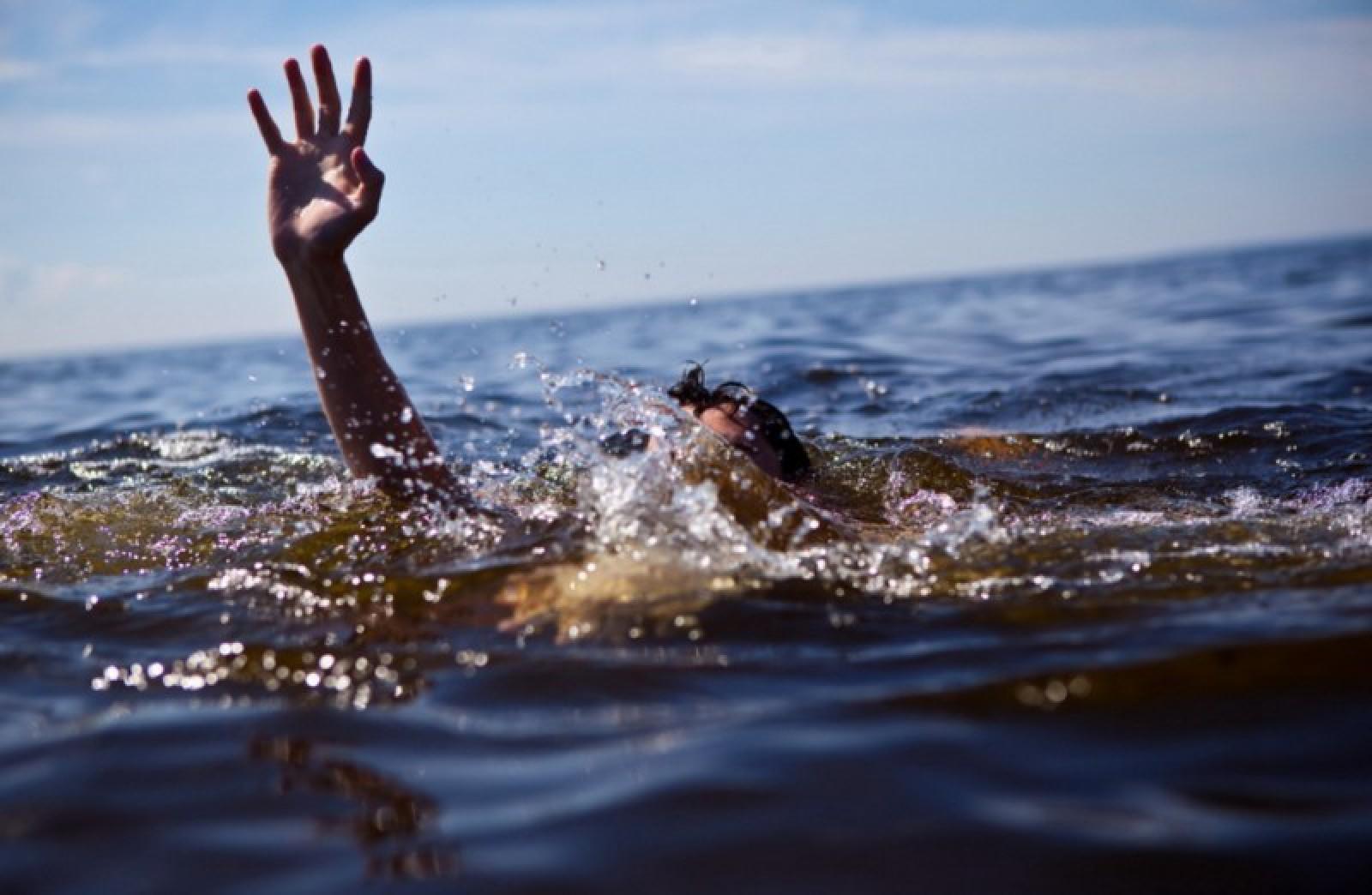 Un bărbat, găsit mort pe malul râului Nistru: A fost dat dispărut la începutul lunii decembrie