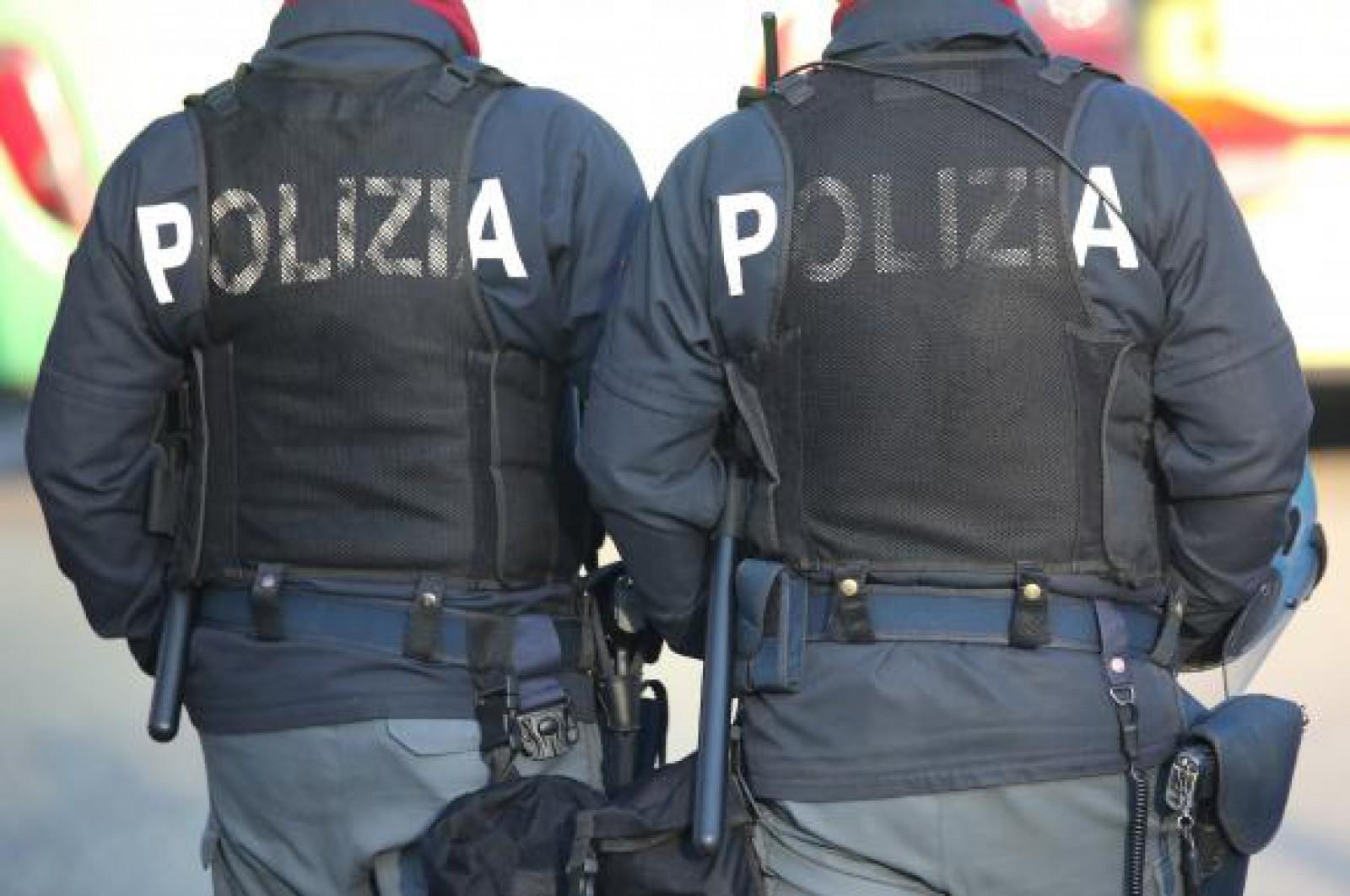Un bărbat care ar fi infectat intenţionat peste 200 de partenere cu HIV, arestat în Italia