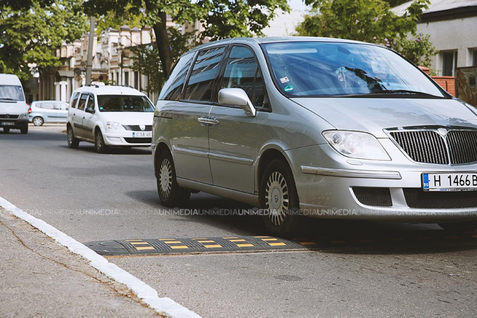 """Veste bună pentru șoferi: Pe str. București va fi amenajată o bandă suplimentară de virare pe Viaduct, iar stația """"Piața Ovidius"""" va fi reamplasată"""