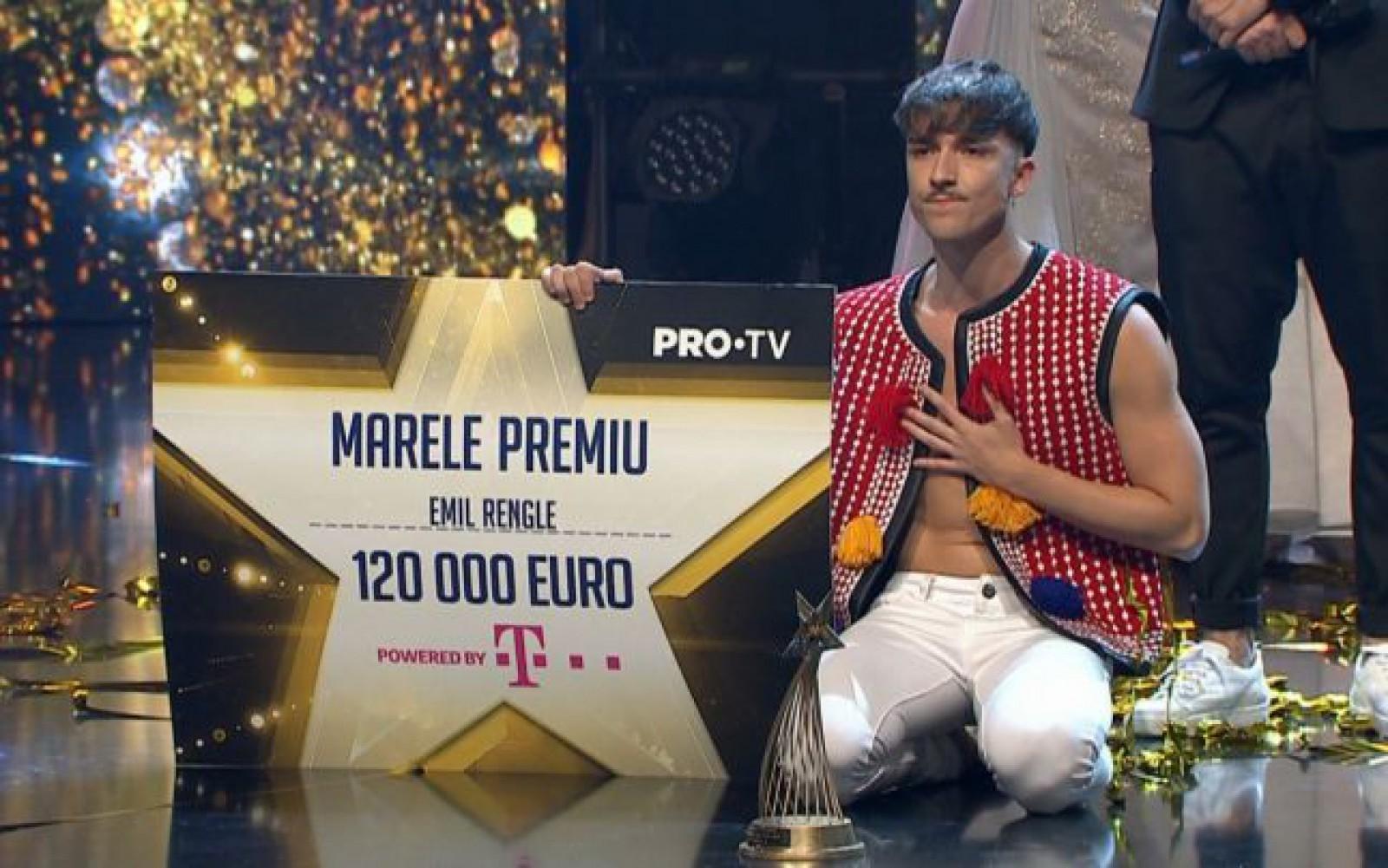 """(video) Emil Rengle este câştigătorul """"Românii au talent"""" 2018. Pe ce loc s-au clasat moldovencele Ana Cernicova şi Amelia Uzun"""