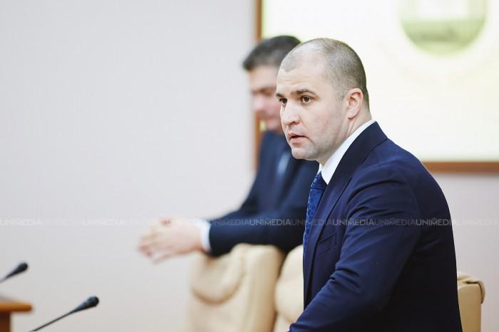 (video) Ministrul Justiției, Vladimir Cebotari a spus că banii UE pentru reforme în justiție nu vor fi debursați din cauza acțiunilor guvernării din 2014