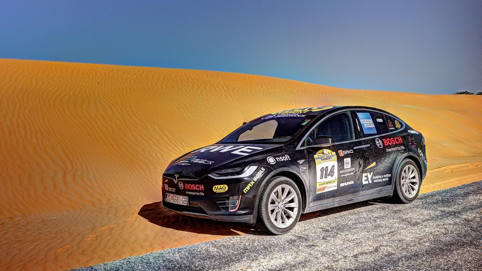 (video) Primul electromobil care a traversat deșertul Sahara este un Tesla Model X