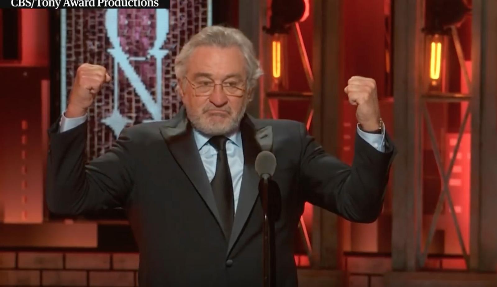 (video) Robert de Niro l-a înjurat în direct pe Donald Trump, în timpul discursului de la gala premiilor Tony