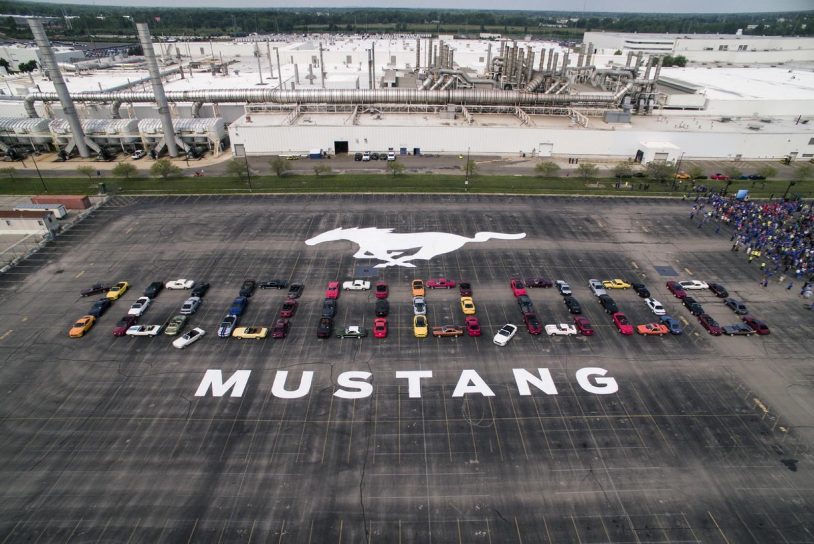(video) Sărbătoare pentru Ford: A construit 10 milioane de maşini Mustang