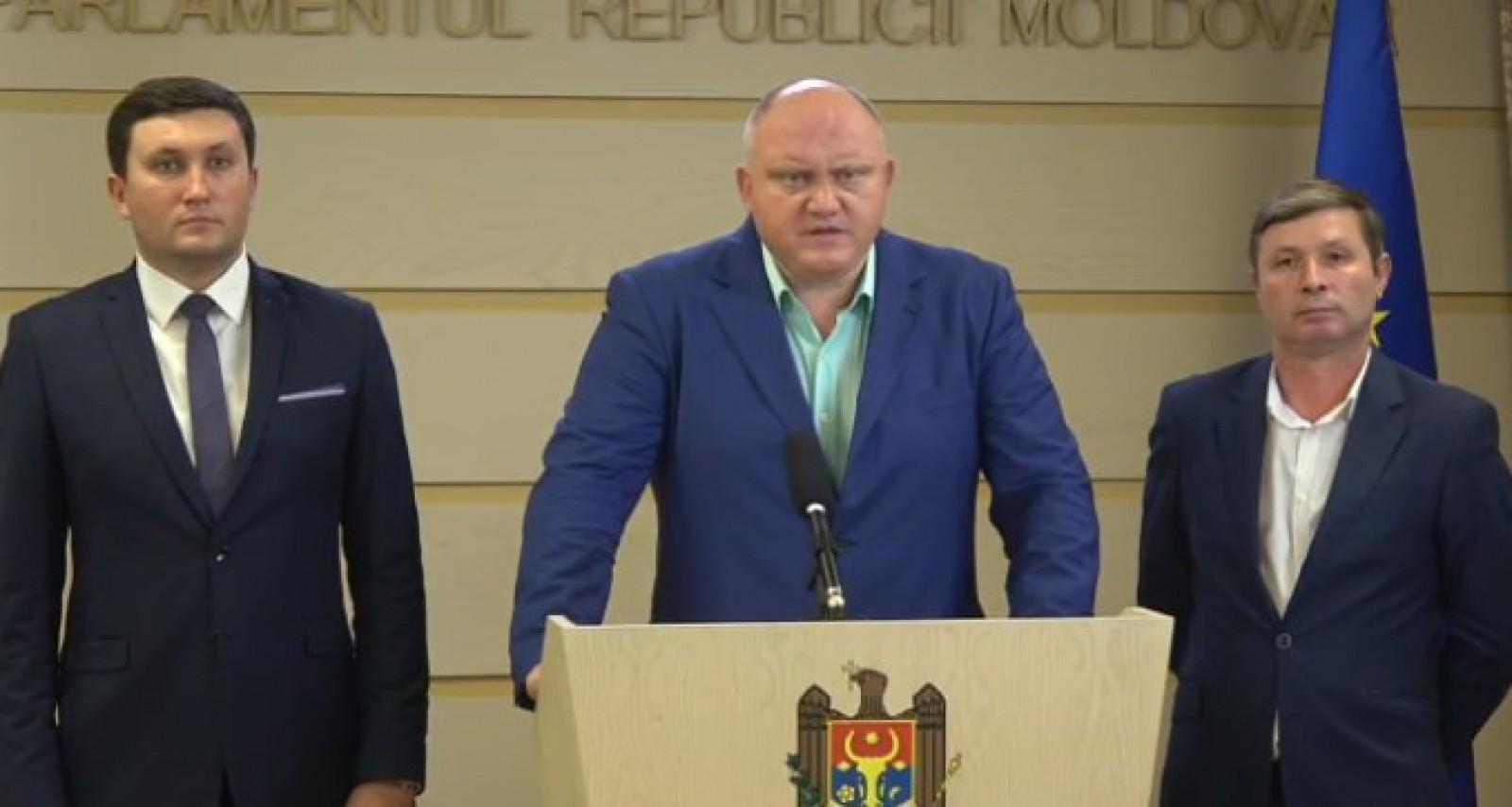 (video) Socialiștii, indignați că nu au fost susținuți de majoritatea parlamentară în propunerea de a audia conducerea CNA