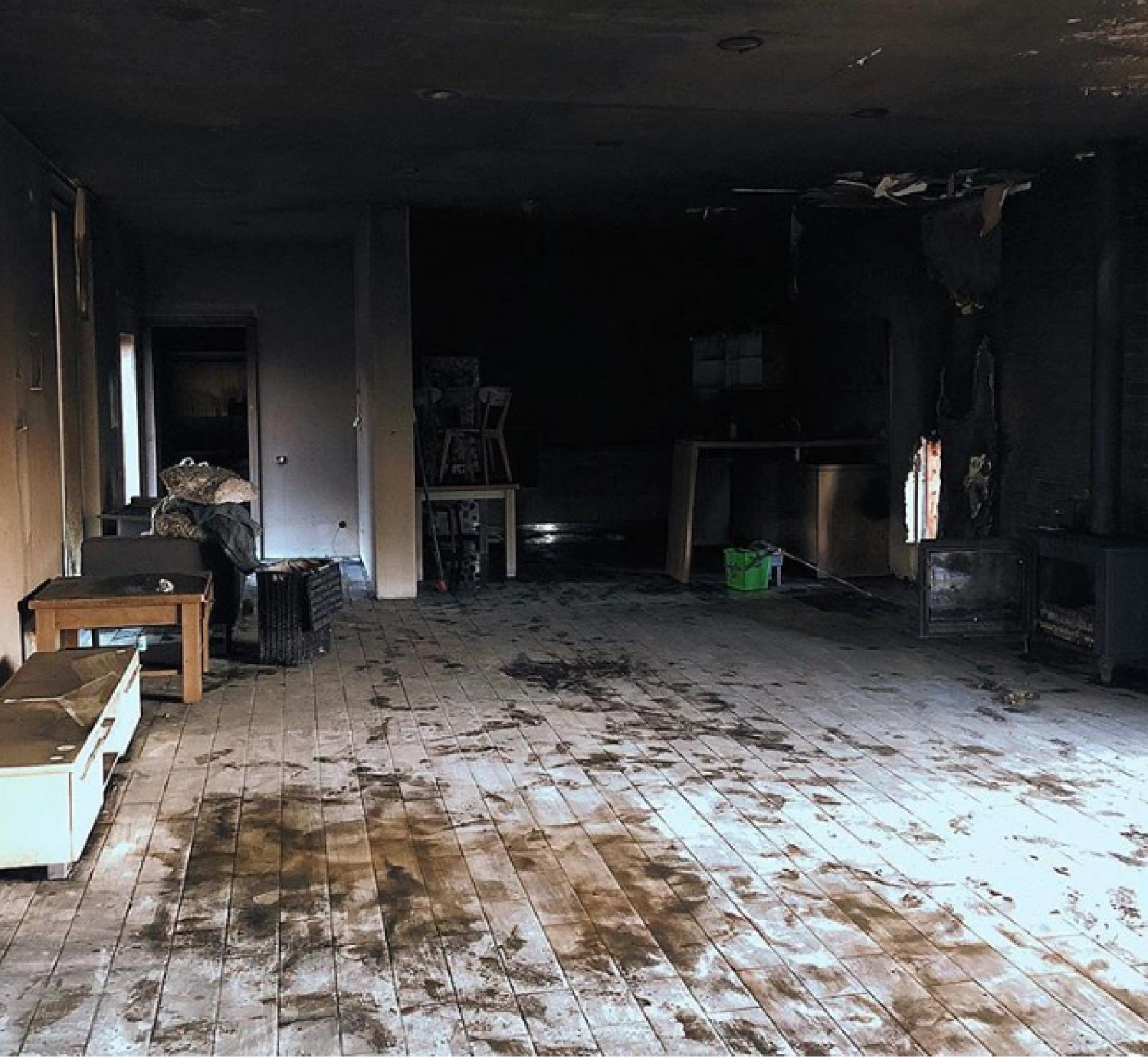 (video) Incendiu chiar de Crăciun: Casa vlogger-ului Ilie Bivol a ars, familia cere ajutor