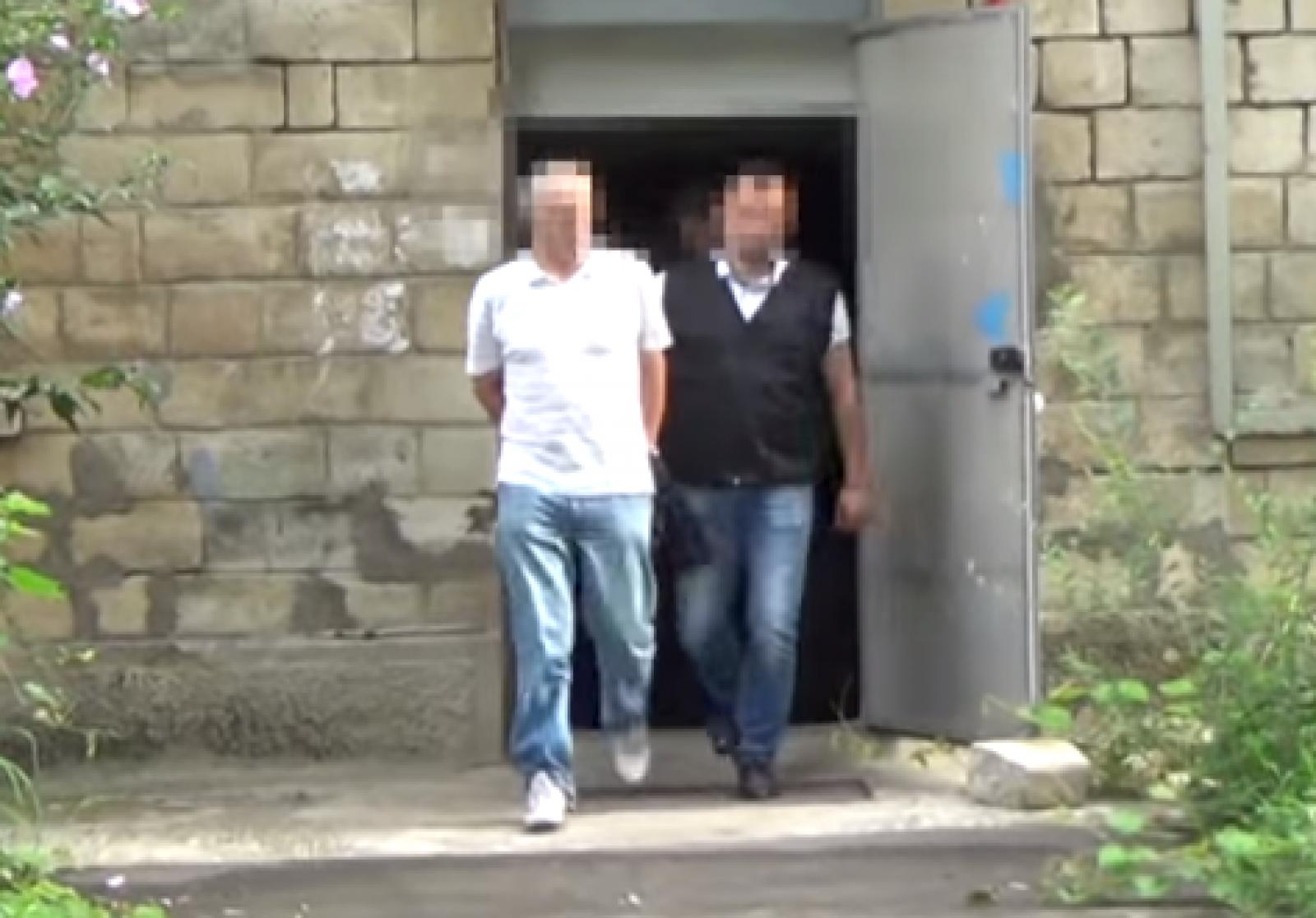 (video) Un avocat din Chișinău ar fi exploatat sexual, timp de doi ani, o minoră. Bănuitul riscă detenție pe viață
