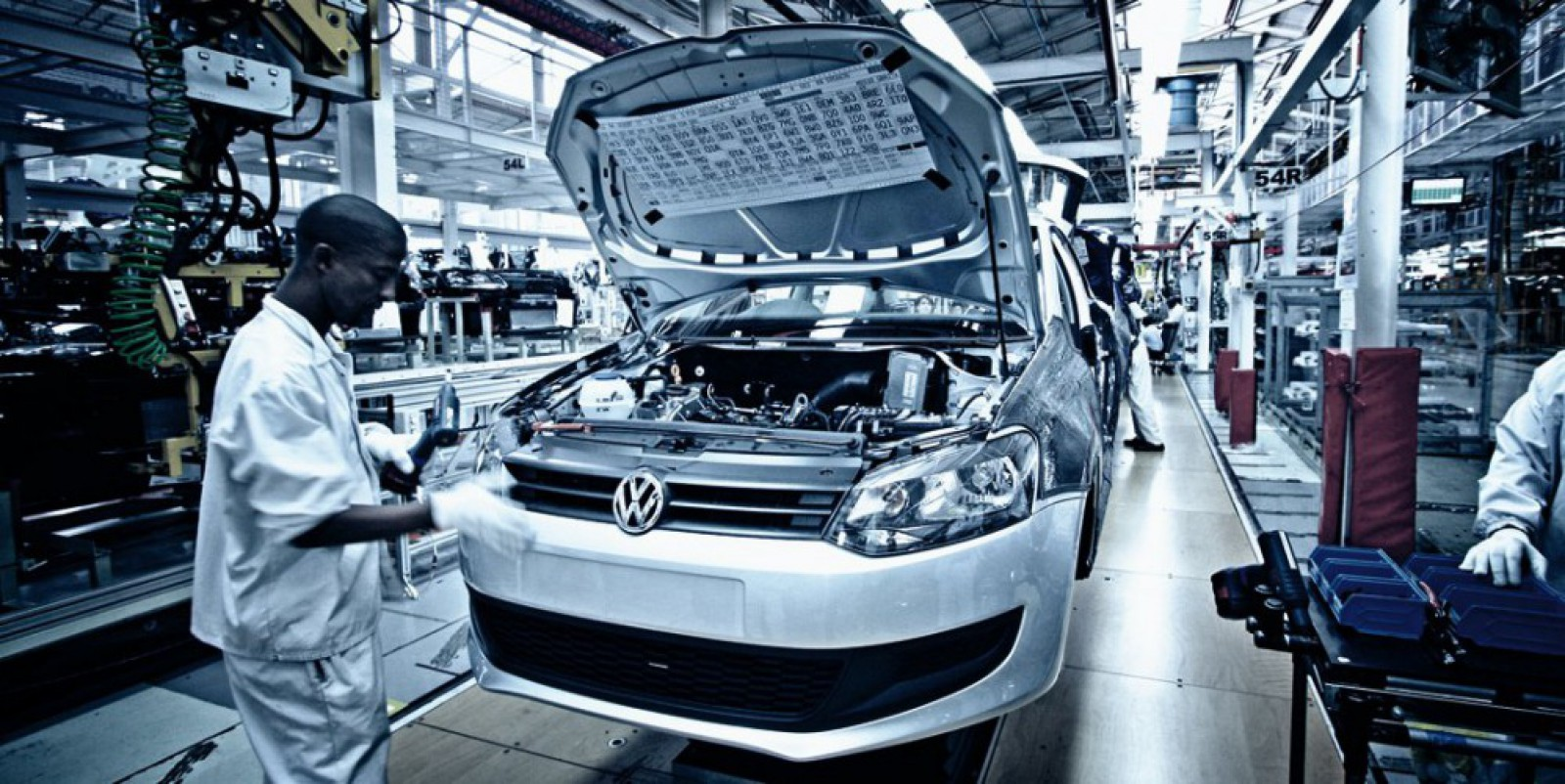 VW AG a acceptat să plătească un miliard de euro – una dintre cele mai mari amenzi impuse de autorităţile Germaniei