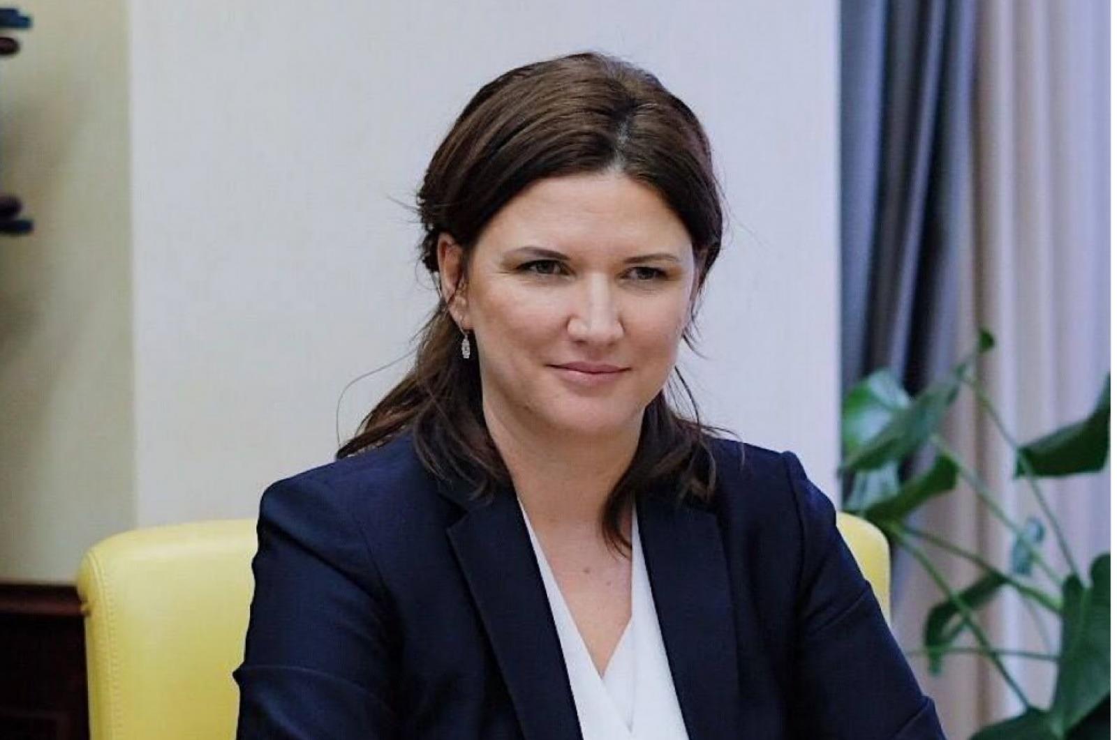 Ziarul de Gardă: Luxul în care trăiește familia noii ambasadoare a R. Moldova în SUA