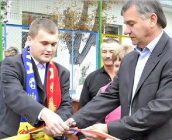 """Premierul Filat critică Ministerul Tineretului și Sportului: """"Vor buget. Dar pentru ce?  Nu pot să argumenteze!"""""""