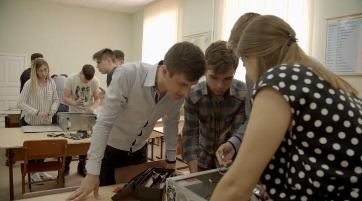 (video) Aleg Cariera IT - sfaturi pentru absolvenții de licee și gimnazii