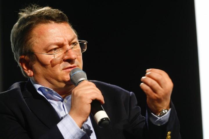 """Armand Goșu: """"Pentru Plahotniuc, victoria în alegeri a lui Năstase ar fi cel mai mare coșmar"""""""