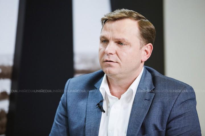 """(video) Andrei Năstase își propune un program amplu privind fluidizarea traficului din Chișinău: """"Nu am propuneri fanteziste"""""""