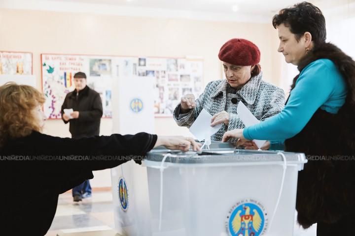 CEC a început tipărirea listelor electorale pentru alegerile locale. Au fost înscriși aproape 750 mii de alegători