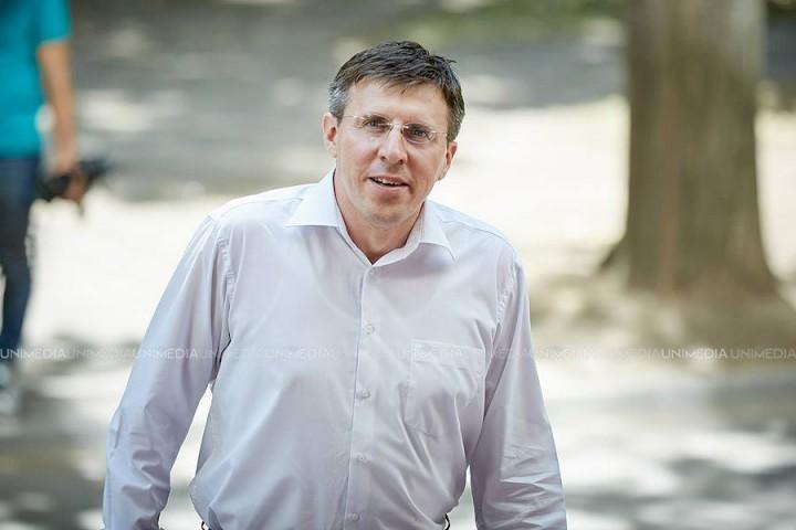 Chirtoacă se vrea deputat sau ministru: Mi-am dat demisia de la Primărie pentru că am fost nevoit, dar voi continua să ajut chișinăuienii după alegerile parlamentare